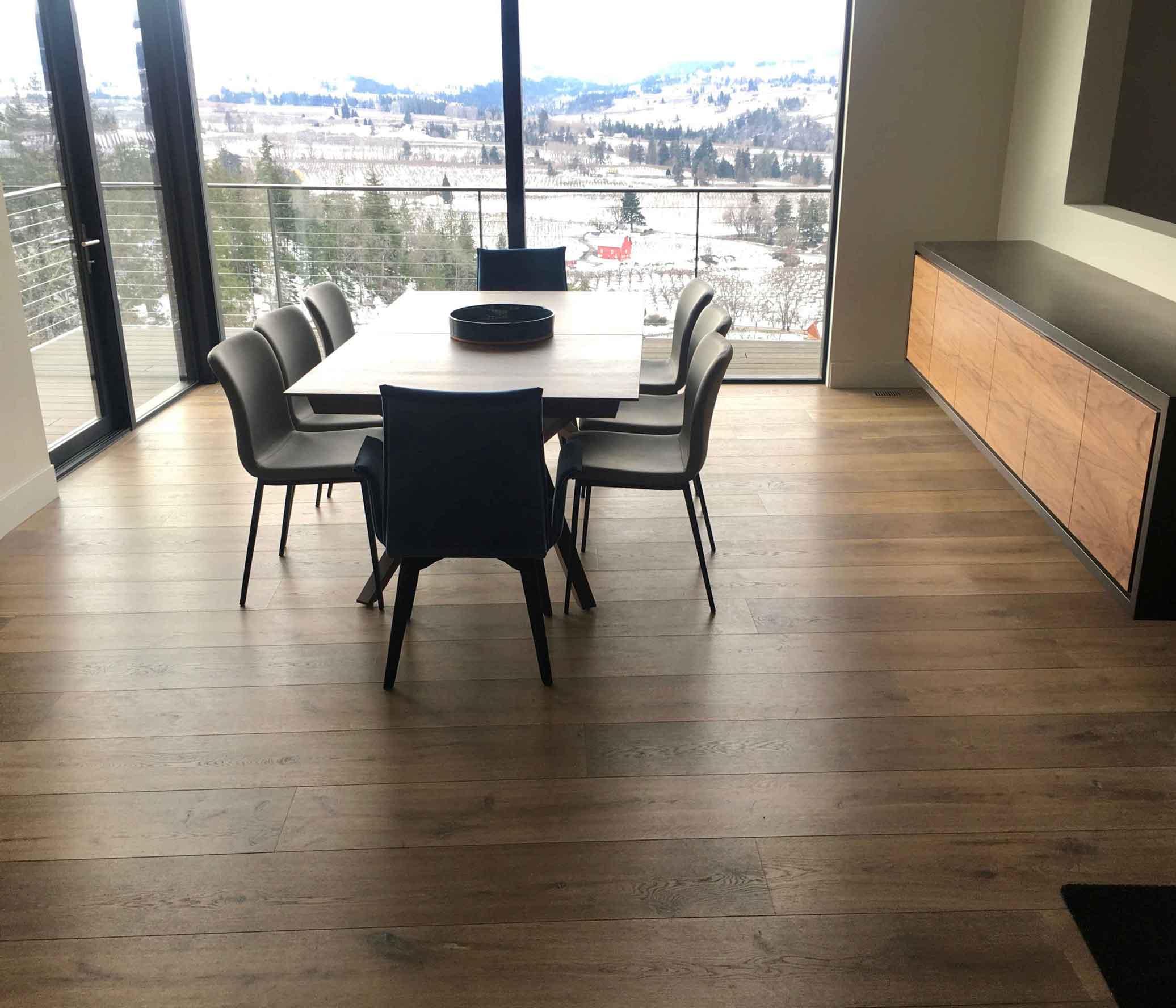 4-RiverHouse-Dining-PerpetuaWood-web.jpg