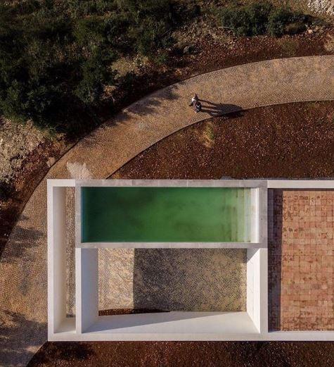 vitor-vilhena-architect-pool-landscape-building-voids.JPG