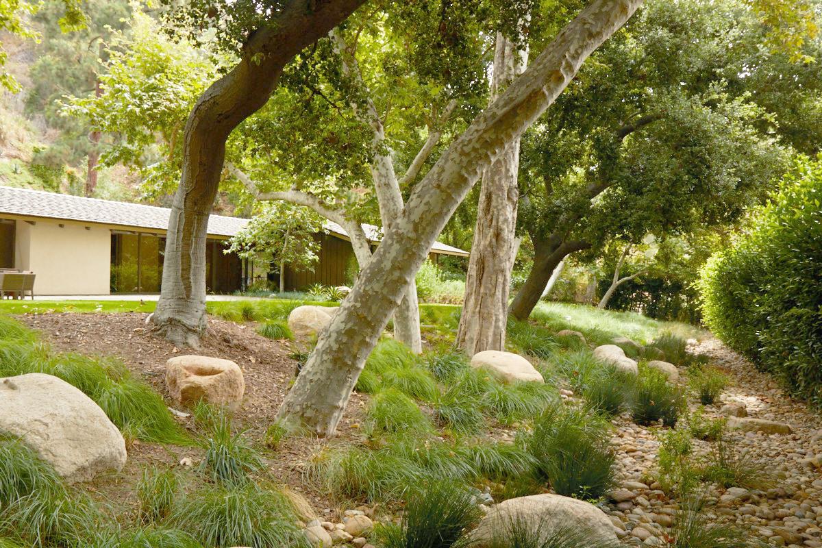 old-ranch-road-garden-3.jpg