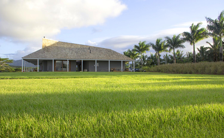 hut-house-front-garden-1.jpg