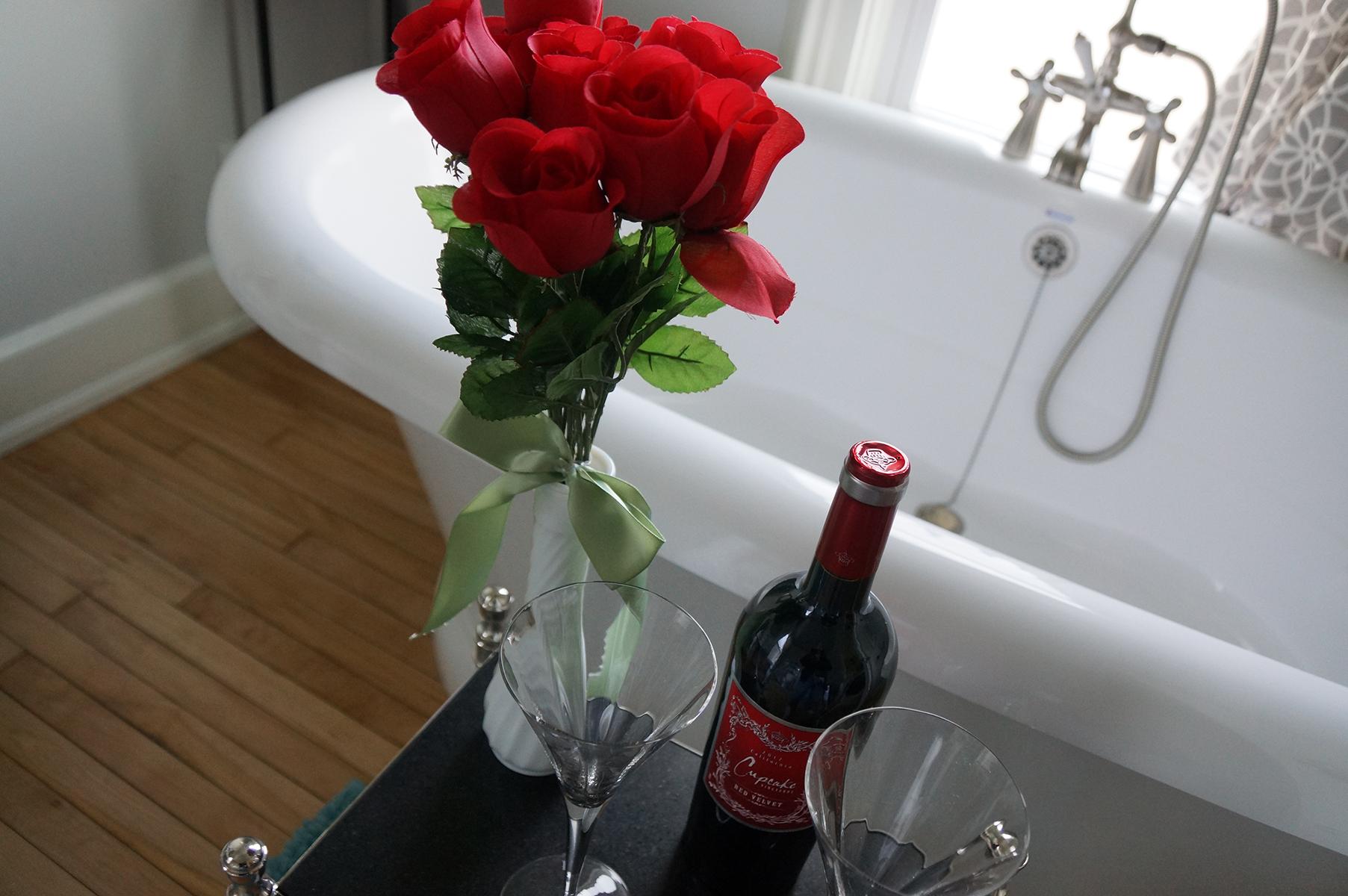 julias_bath_roses_wine_041015_TheMuse_074.JPG