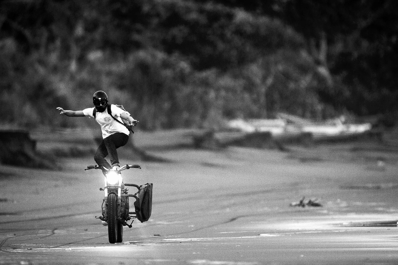 •SURFMOTO_06.jpg