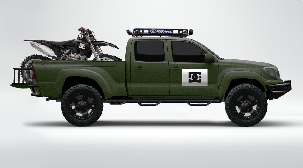 Moto-Truck-Mockup-Bikes.jpg