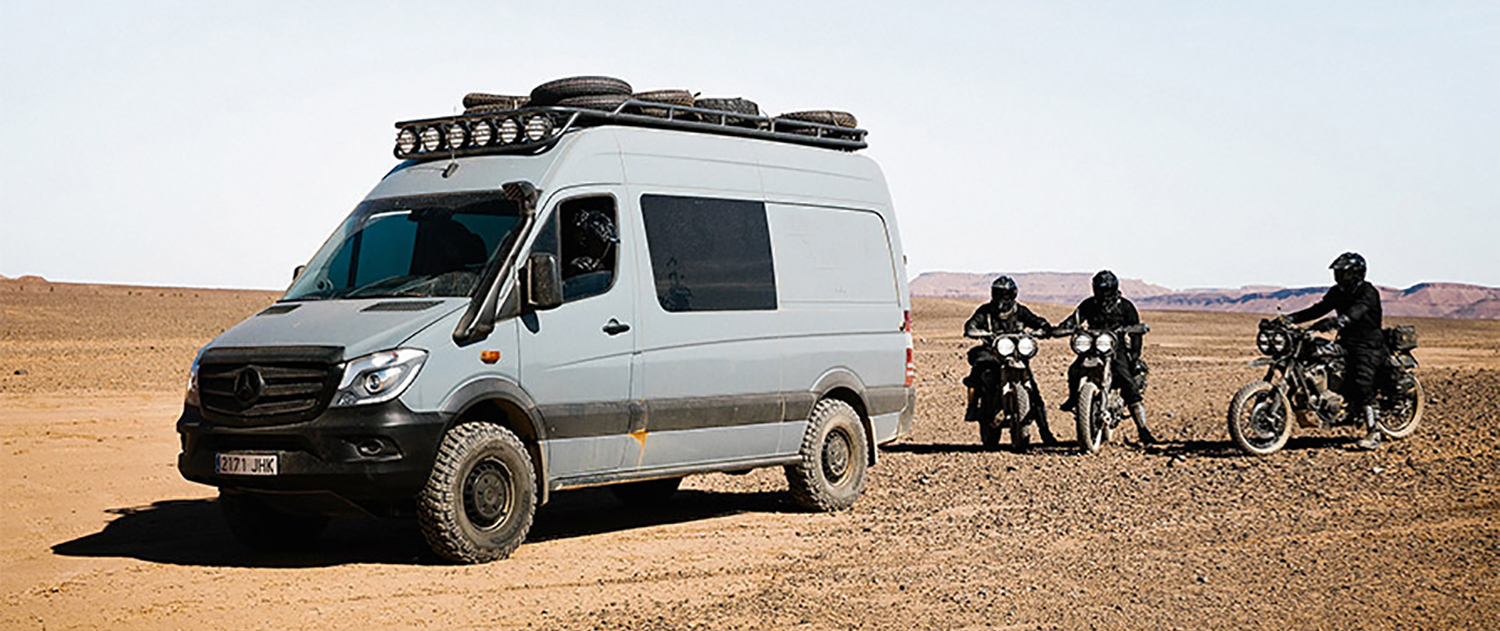 out-into-the-desert-through-the-sahara-with-the-sprinter-4x4-sprinter-4x4.jpg