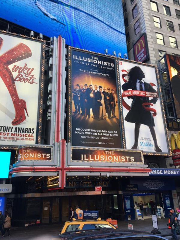 The marquee of the Palace Theatre in Times Square, NYC
