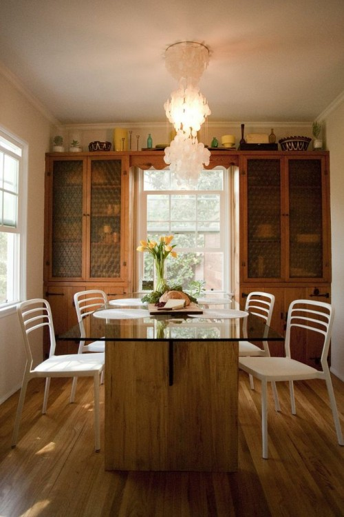 LUXE DINING TABLE