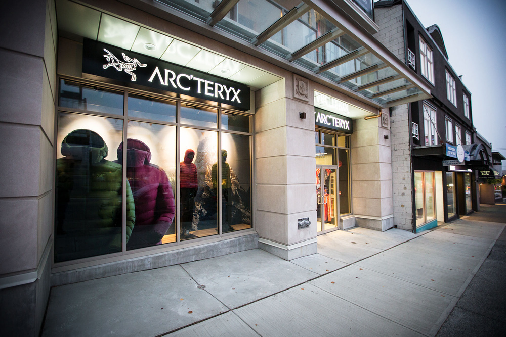 Vancouver_Brand_Store_Front-Web.jpg