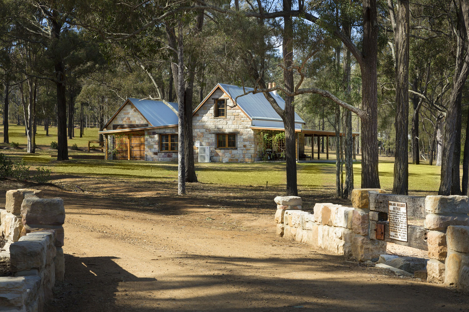 20180808-_E5A5595_575_Hermitage_Rd_Pokolbin_Hunter_Valley_Enzo_Cottage.jpg