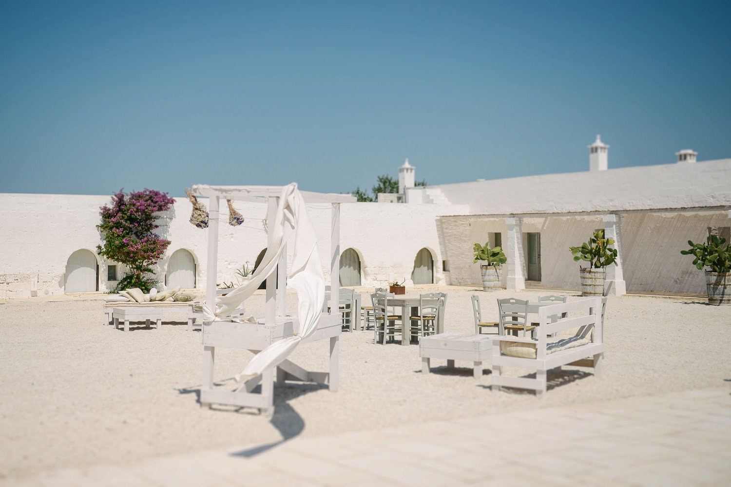 apulian-wedding-masseria-potenti_0002.jpg