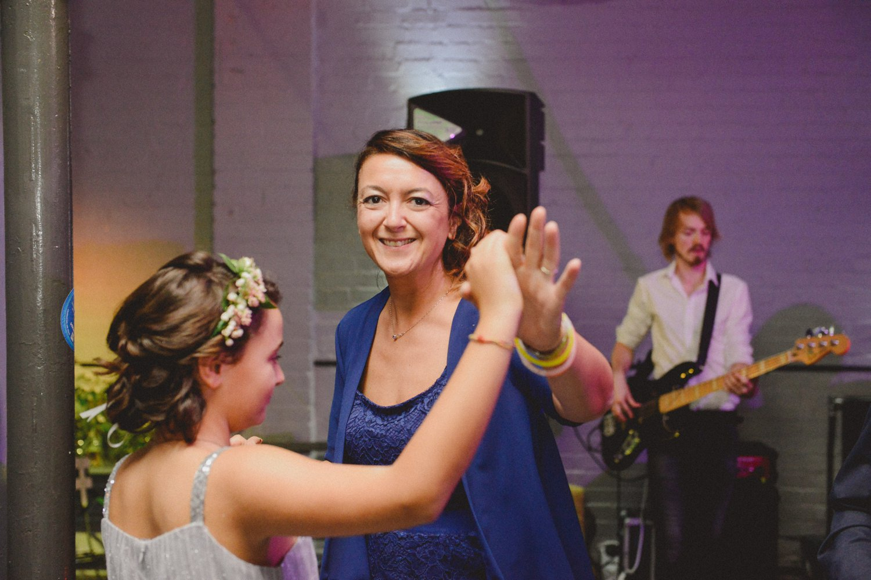 wedding-photographer-shoreditch-hoxton_0213.jpg