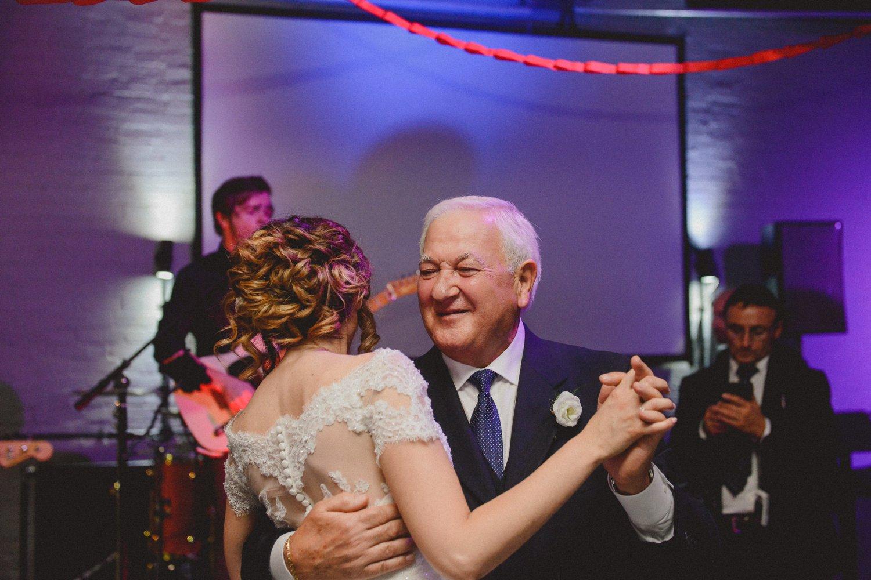 wedding-photographer-shoreditch-hoxton_0216.jpg