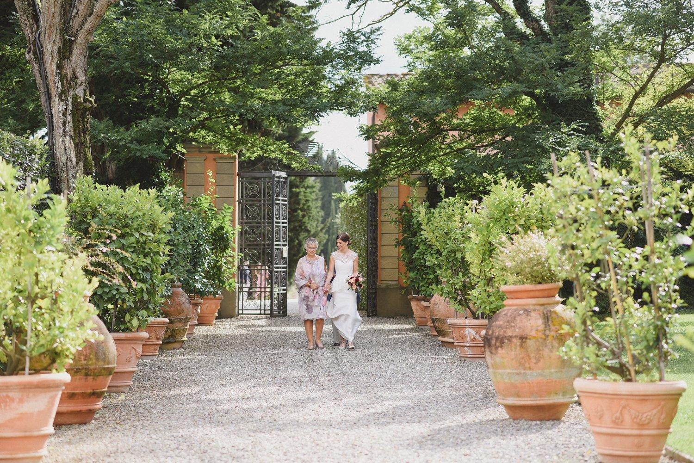 tuscan-wedding-villa-mangiacane_0049.jpg