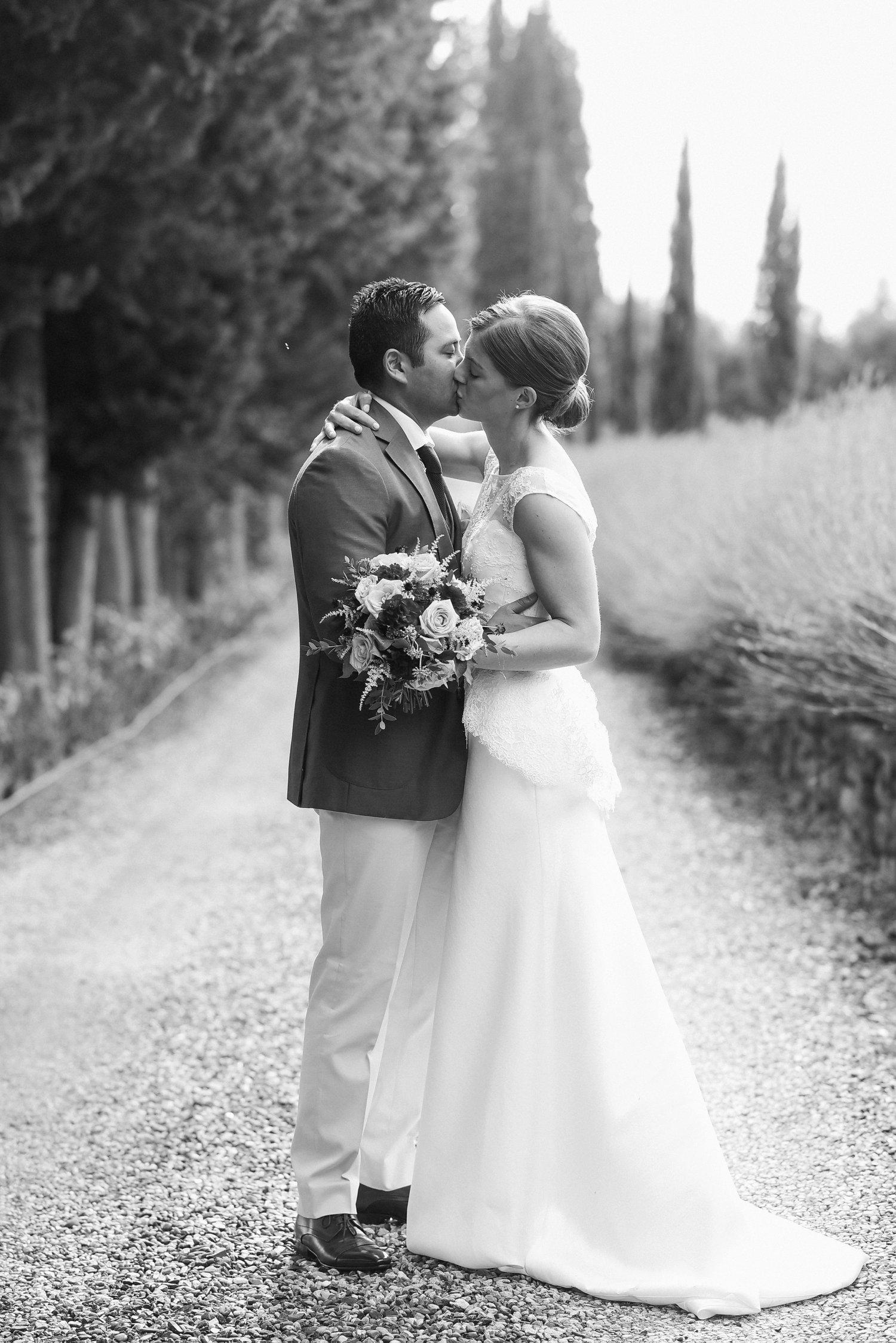 tuscan-wedding-villa-mangiacane_0081.jpg