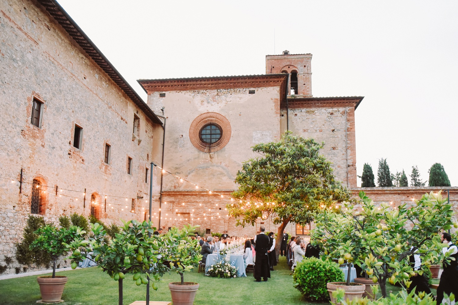 landvphotography_wedding_photographer_tuscany_0083.jpg