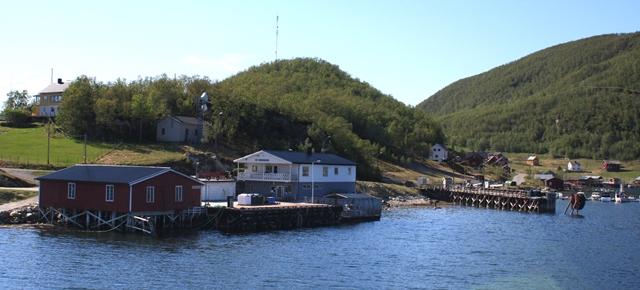 Korsfjorden butikk.jpg