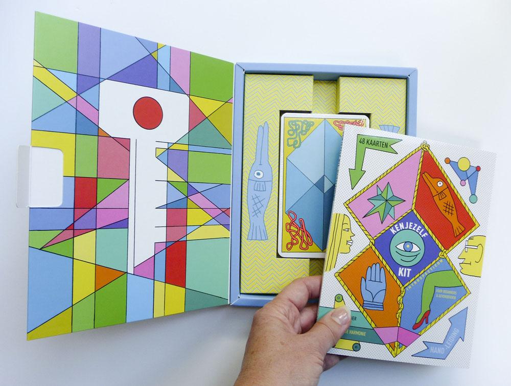 KJK doos open boek.jpg