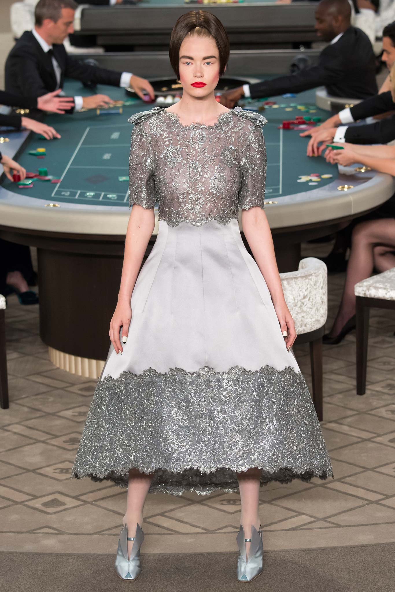 Chanel-Haute-Couture-Fall-2015-7.jpg