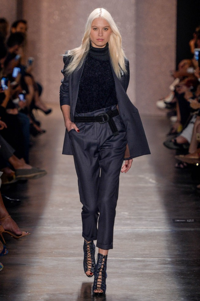 Lily-Sarti-Sao-Paulo-Fall-Winter-2016-4.jpg
