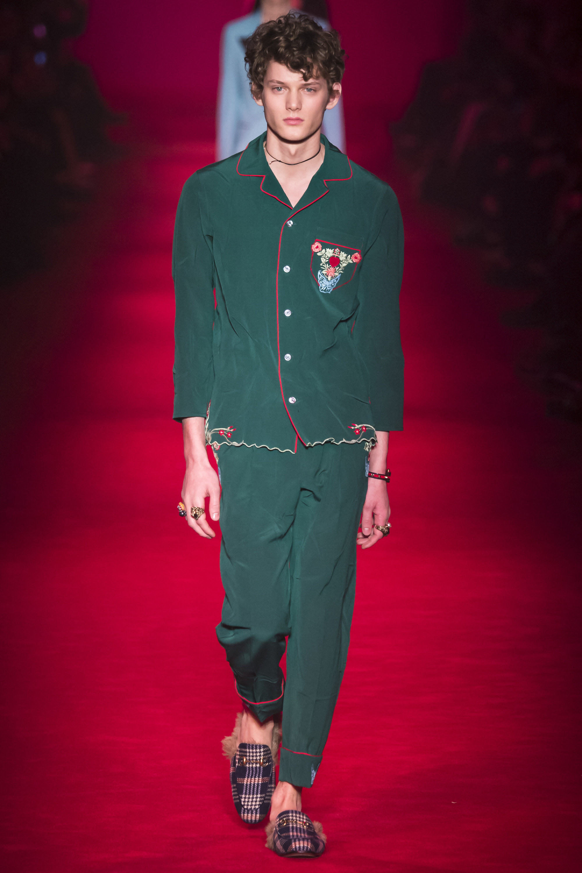 Gucci-Fall-2016-Menswear-Milan-10.jpg