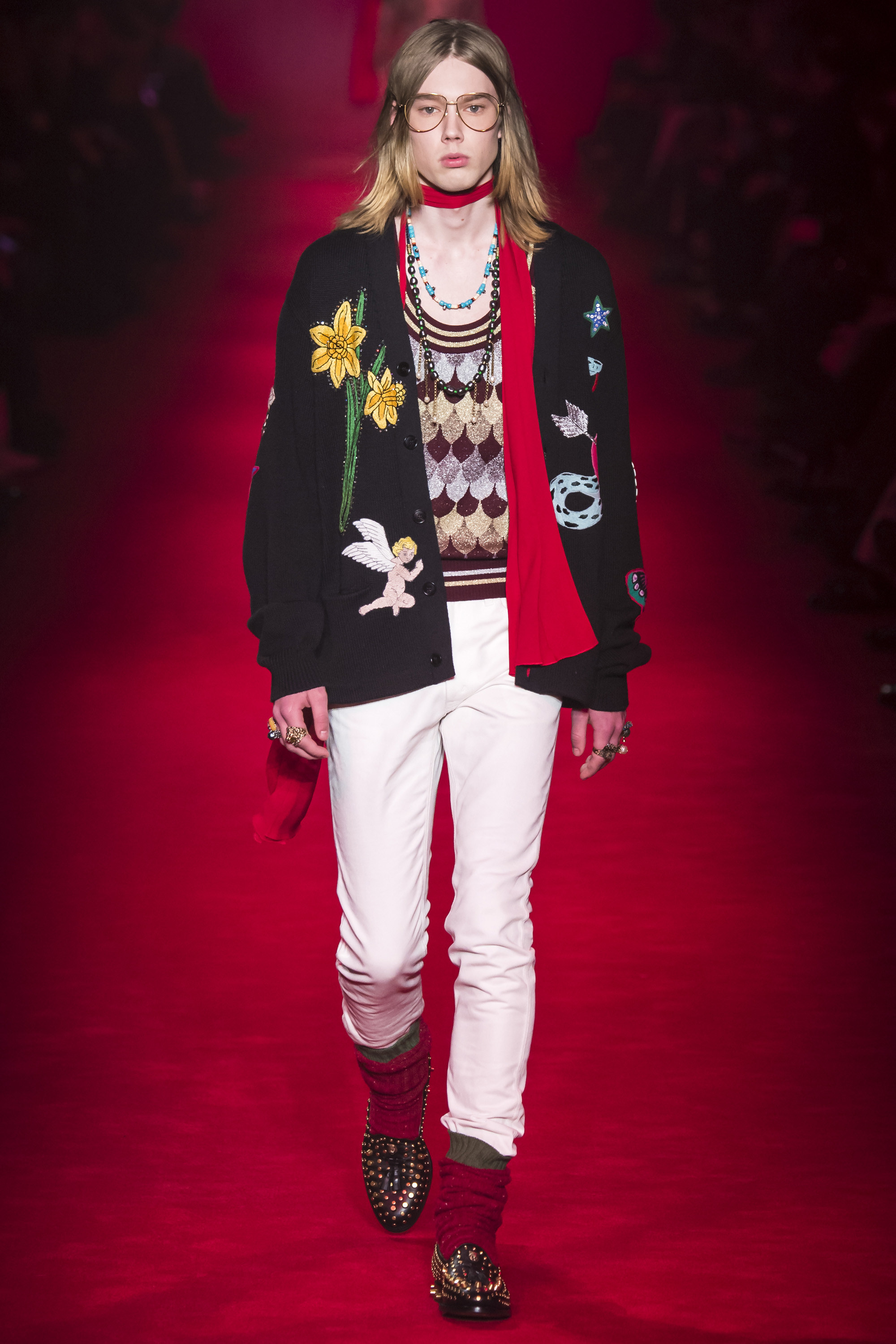 Gucci-Fall-2016-Menswear-Milan-18.jpg