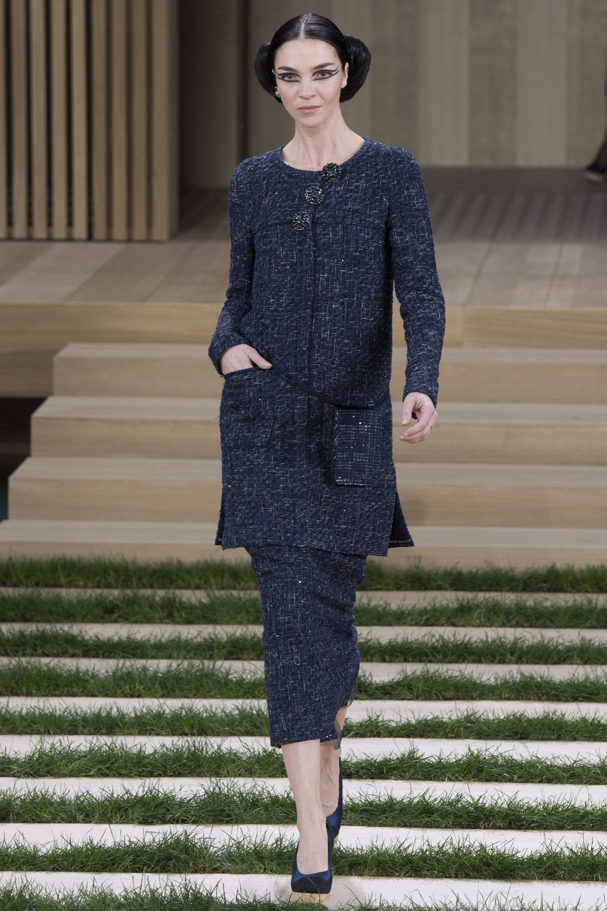 Chanel-Couture-Spring-2016-Paris-Fashion-Week-3.jpg