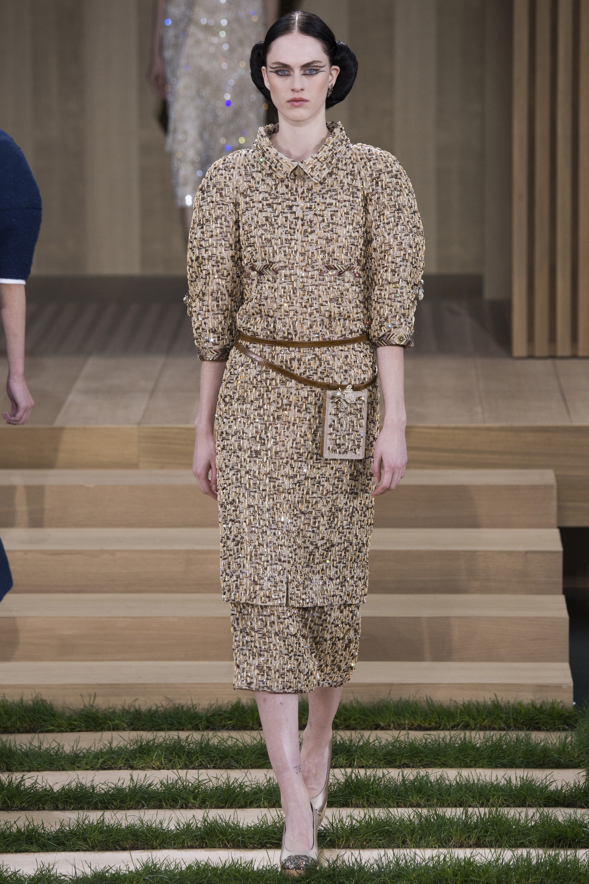 Chanel-Couture-Spring-2016-Paris-Fashion-Week-5.jpg