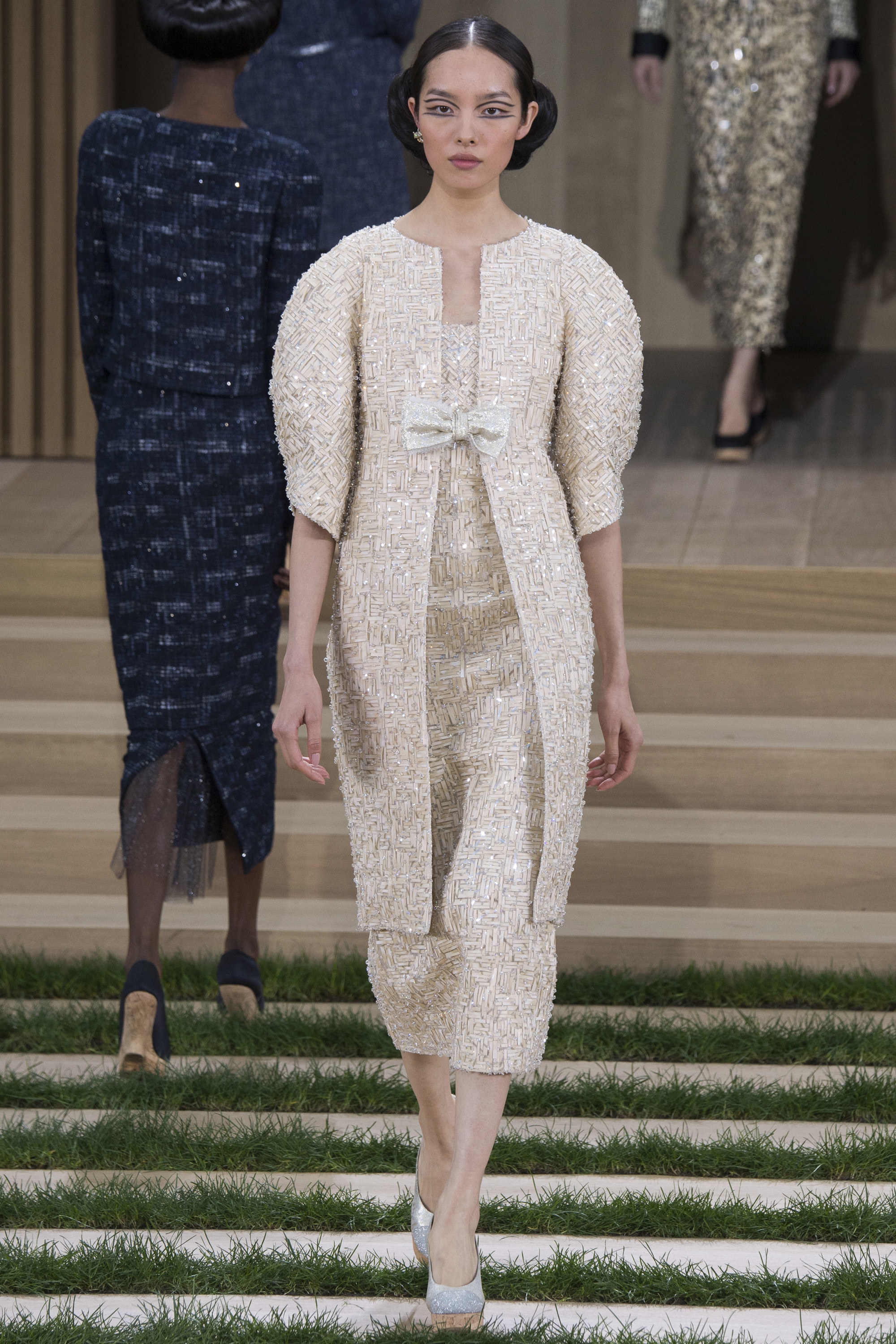 Chanel-Couture-Spring-2016-Paris-Fashion-Week-6.jpg