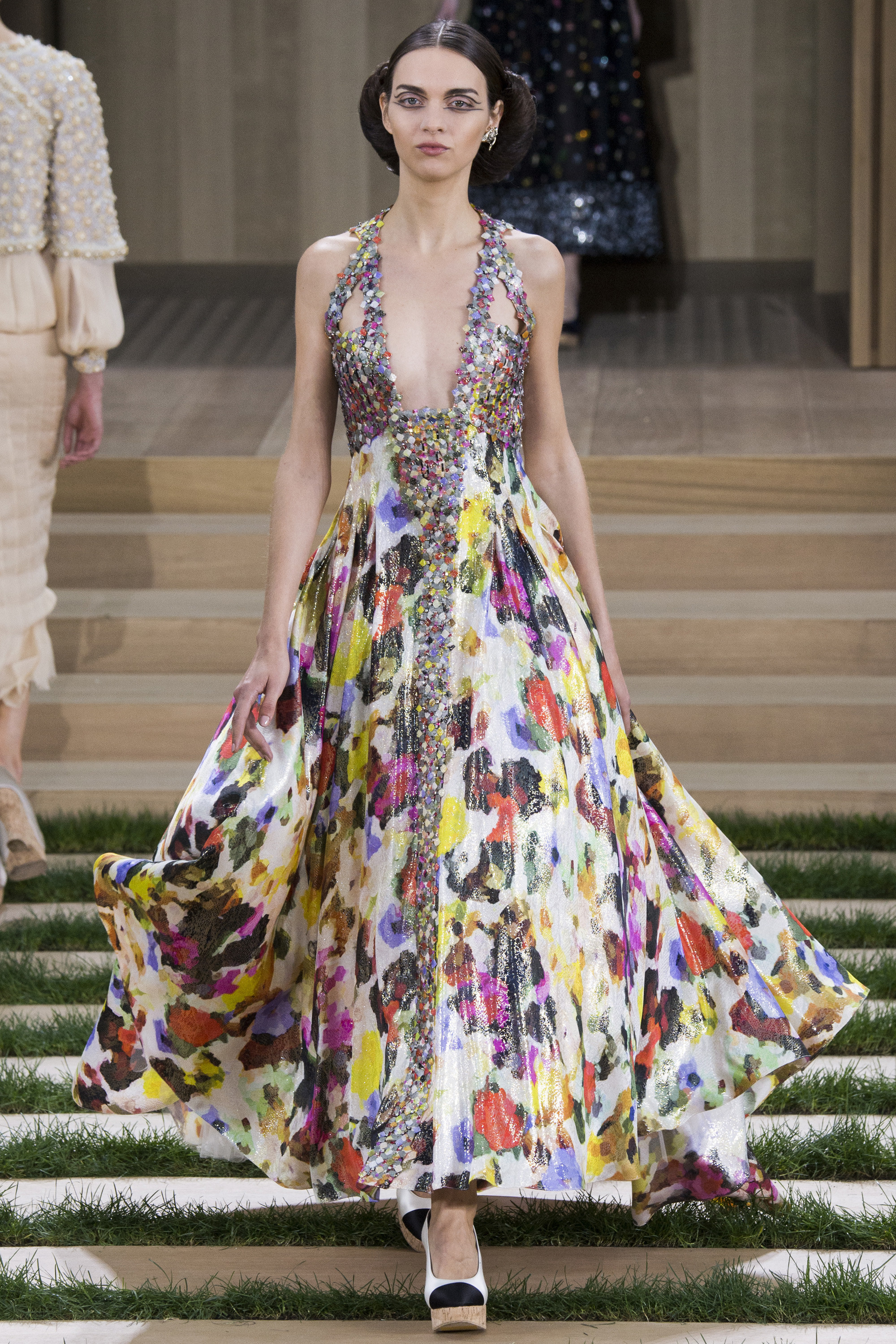 Chanel-Couture-Spring-2016-Paris-Fashion-Week-12.jpg