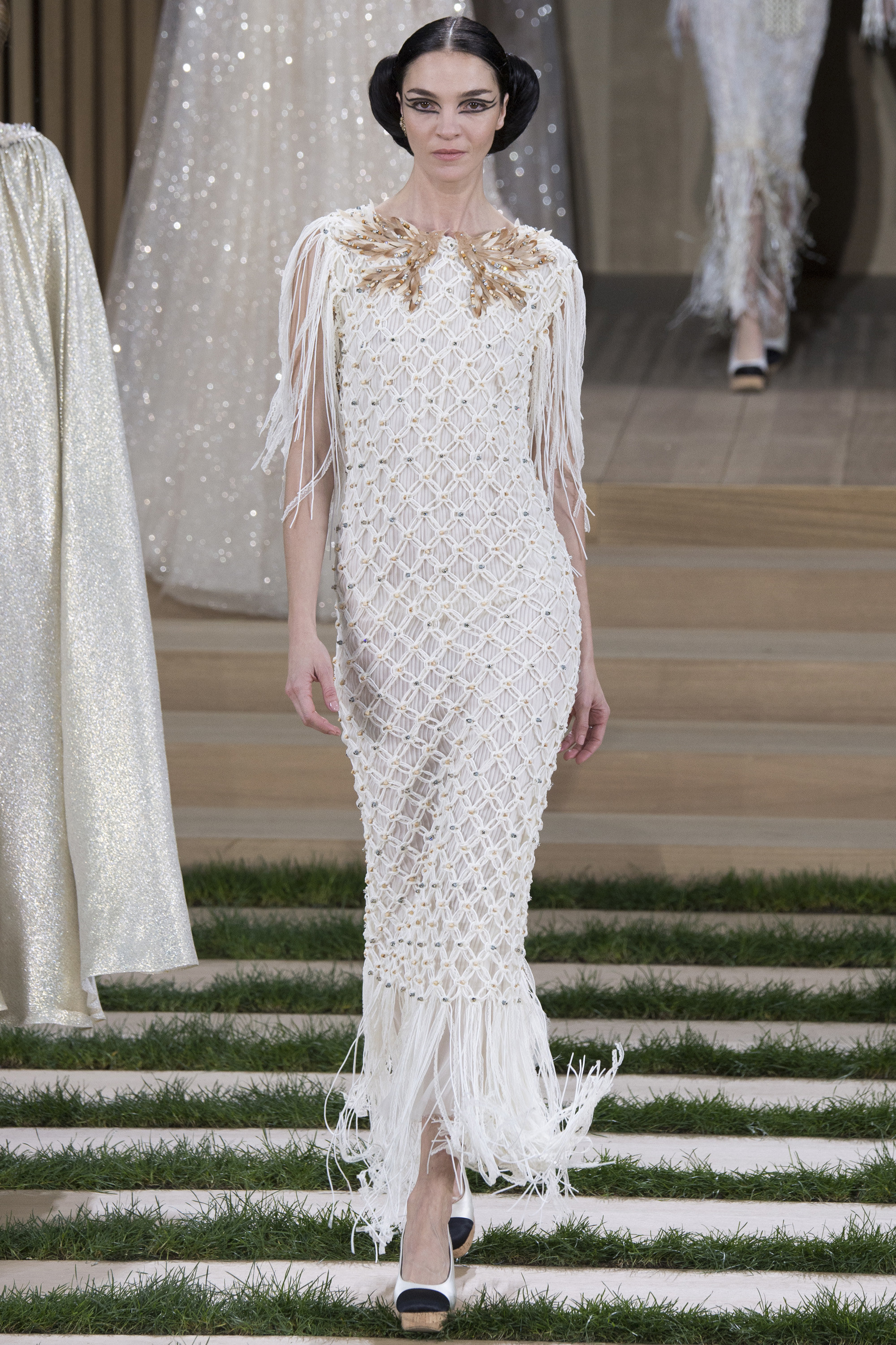 Chanel-Couture-Spring-2016-Paris-Fashion-Week-26.jpg