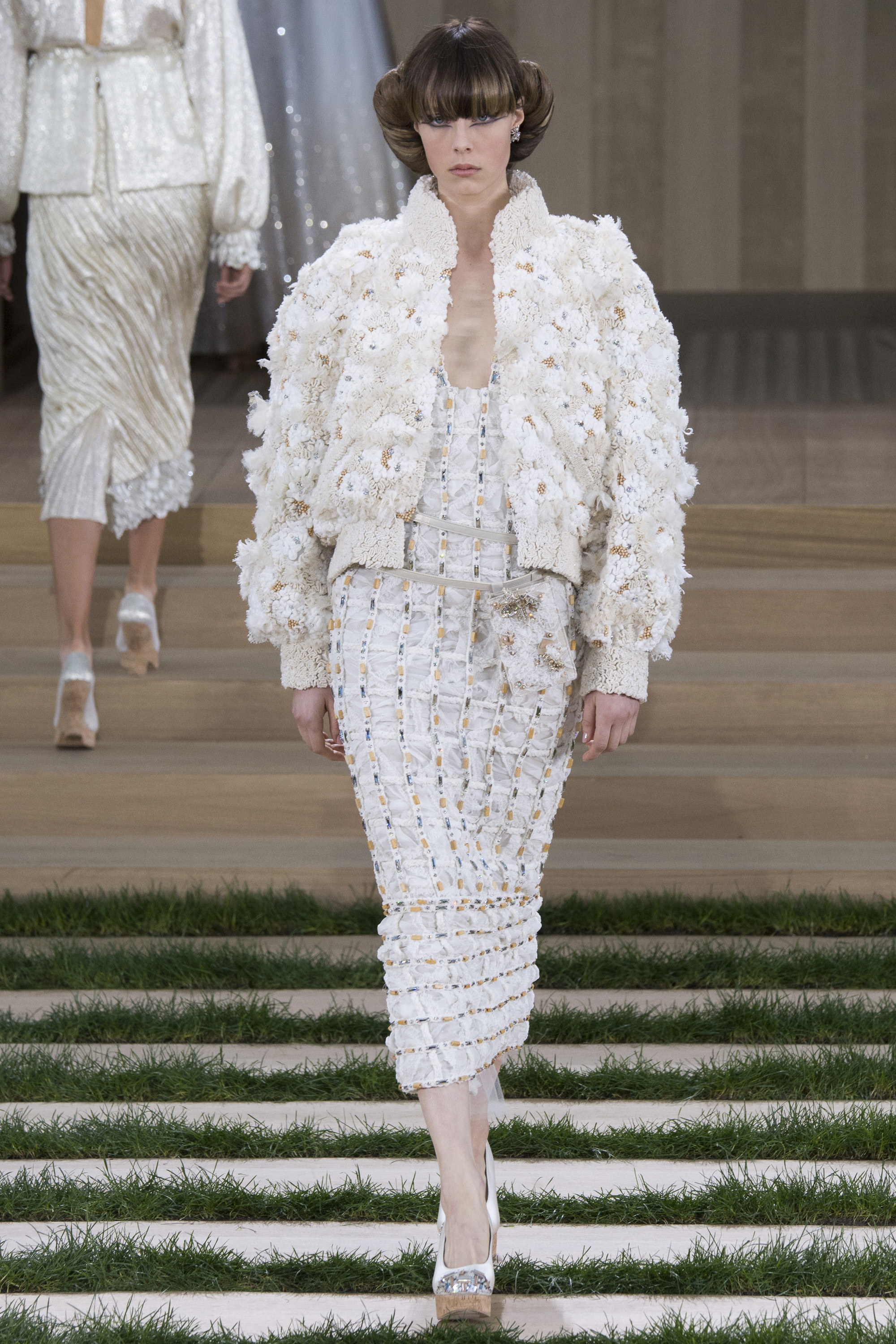 Chanel-Couture-Spring-2016-Paris-Fashion-Week-27.jpg