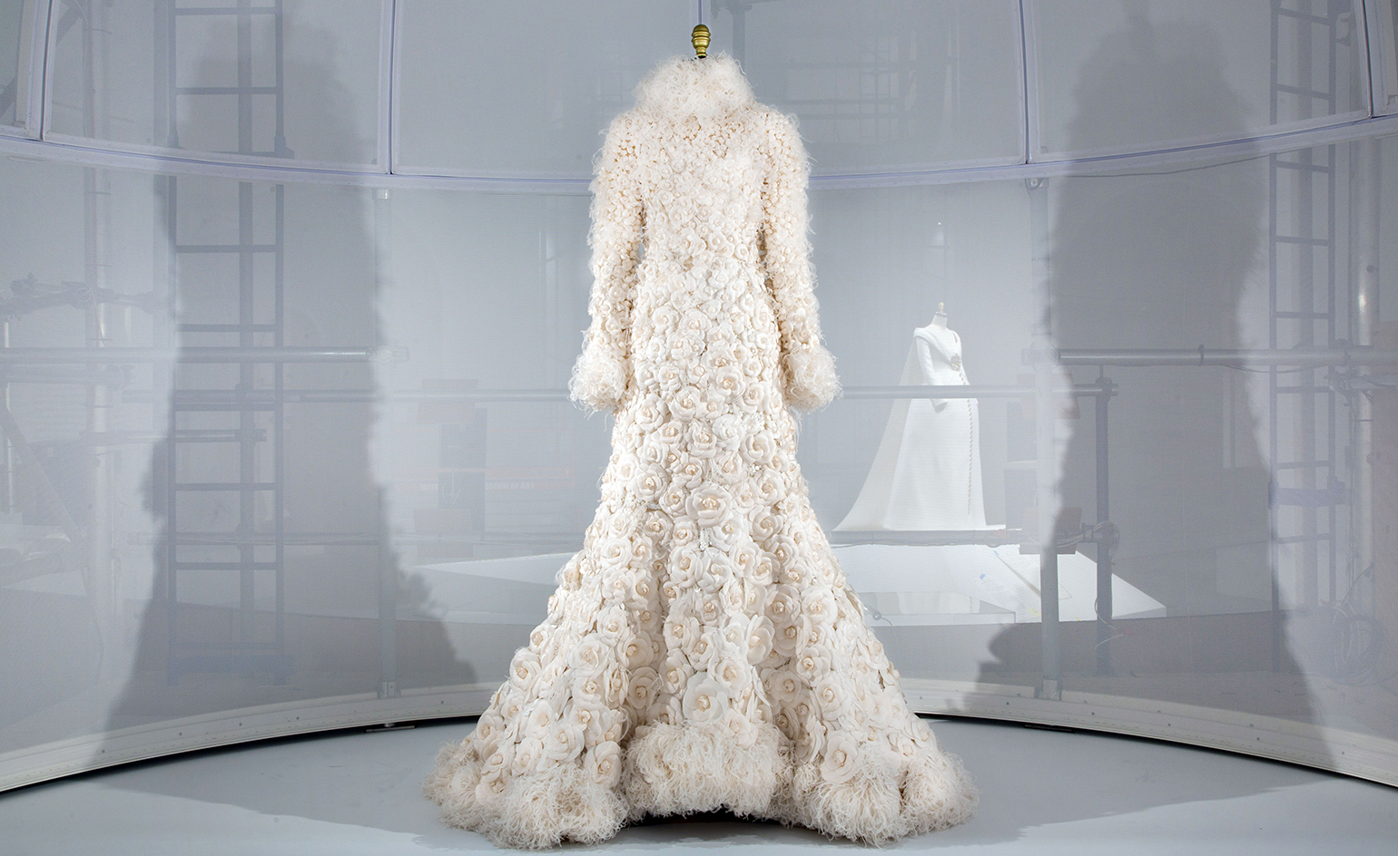 Met_Manus_Machina_Chanel_Haute_Couture_Fashion_Exhibition_New_York.jpg