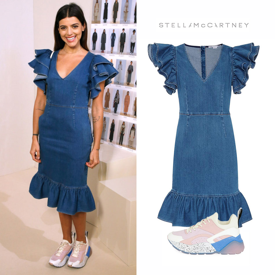 Calu_Rivero_Stella_McCartney_Denim_Ruffle_Jean_Dress_Vestido_Zapatillas_Colorblock_Lace_Eclypse_Sneakers.jpg