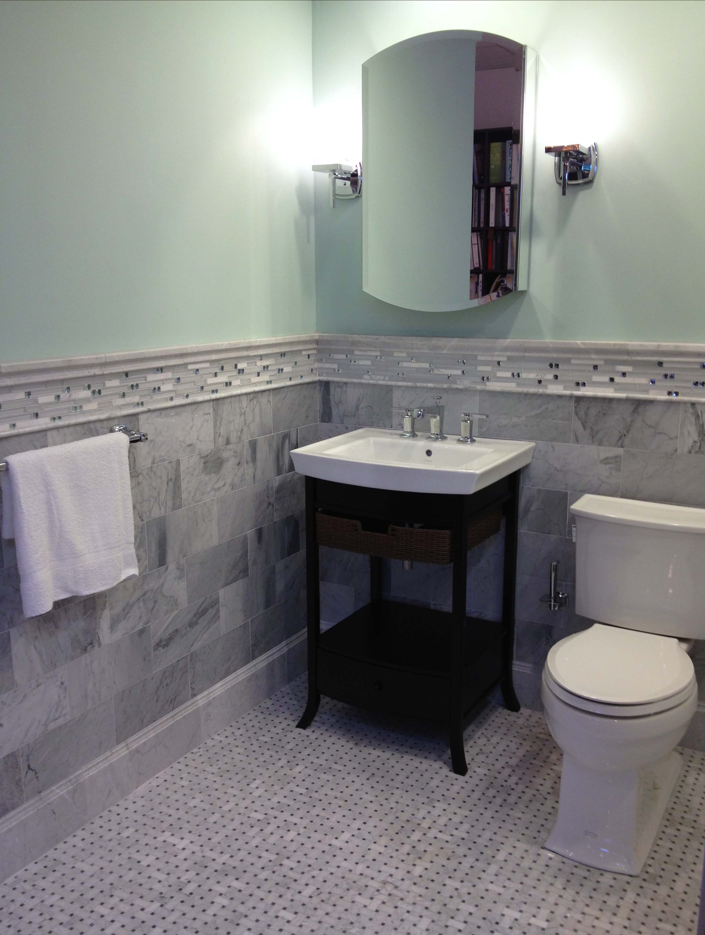 Venatino Carrara Bath