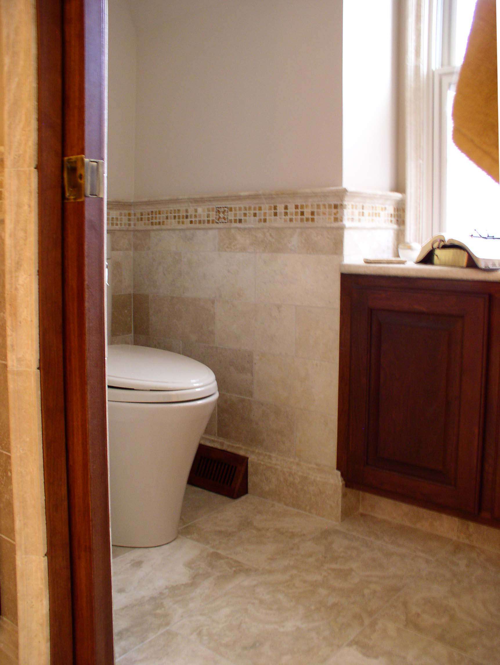 Dgo bathroom with covebase.jpg