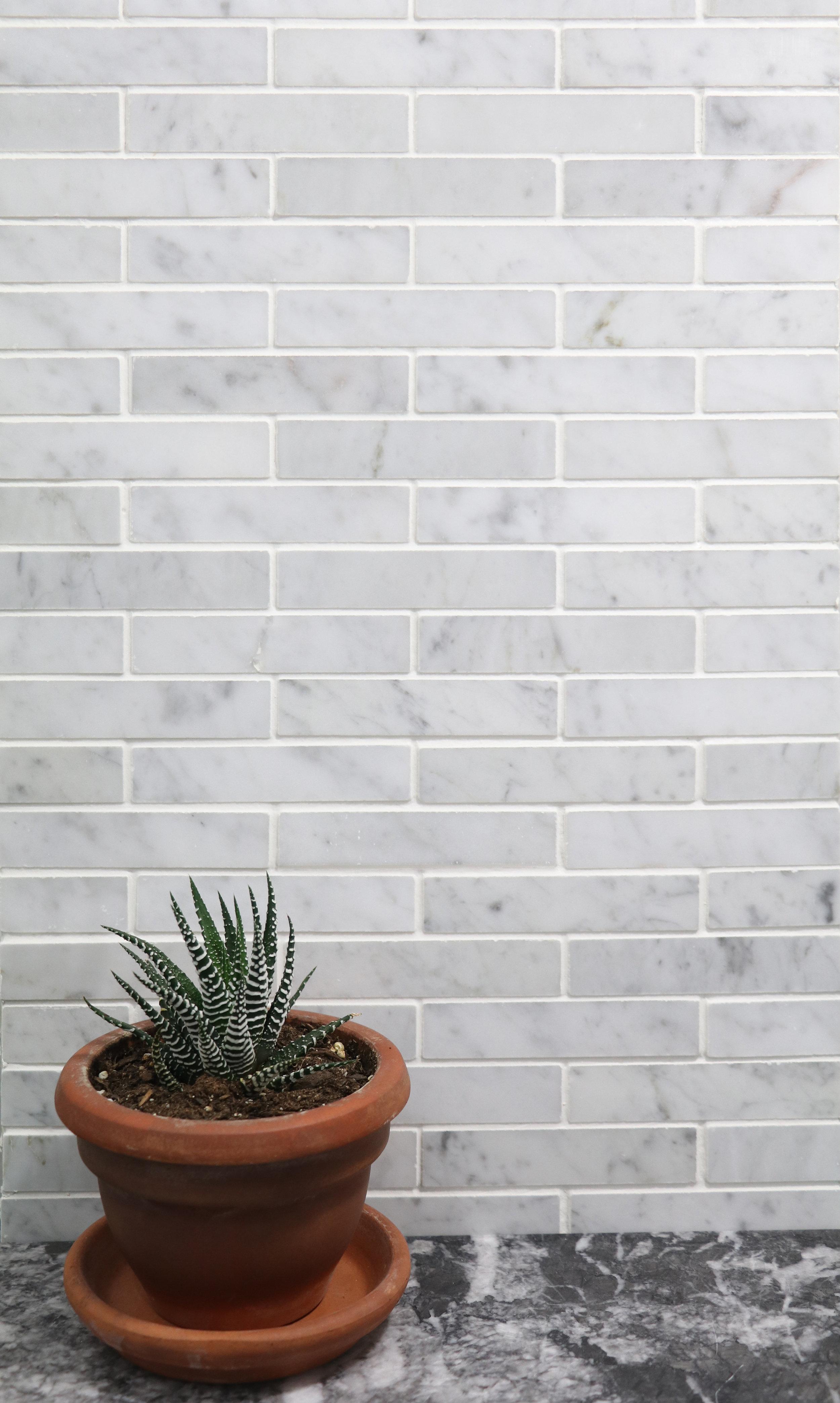 Venatino Carrara Mini Brick