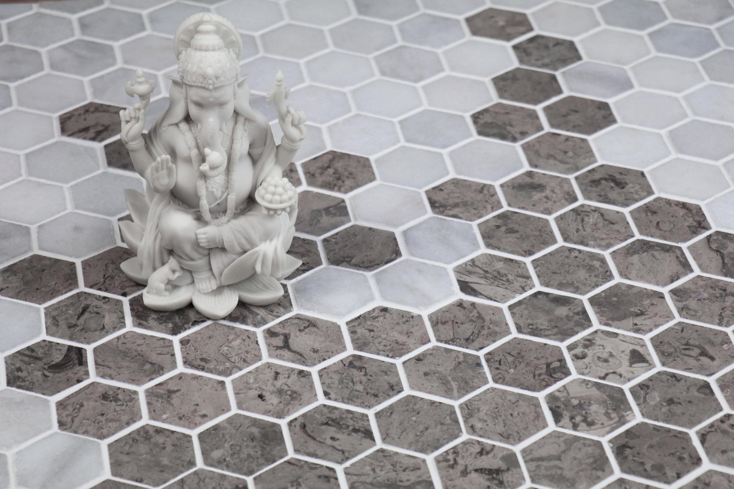 Sage Gray & Glacier White Hexagon