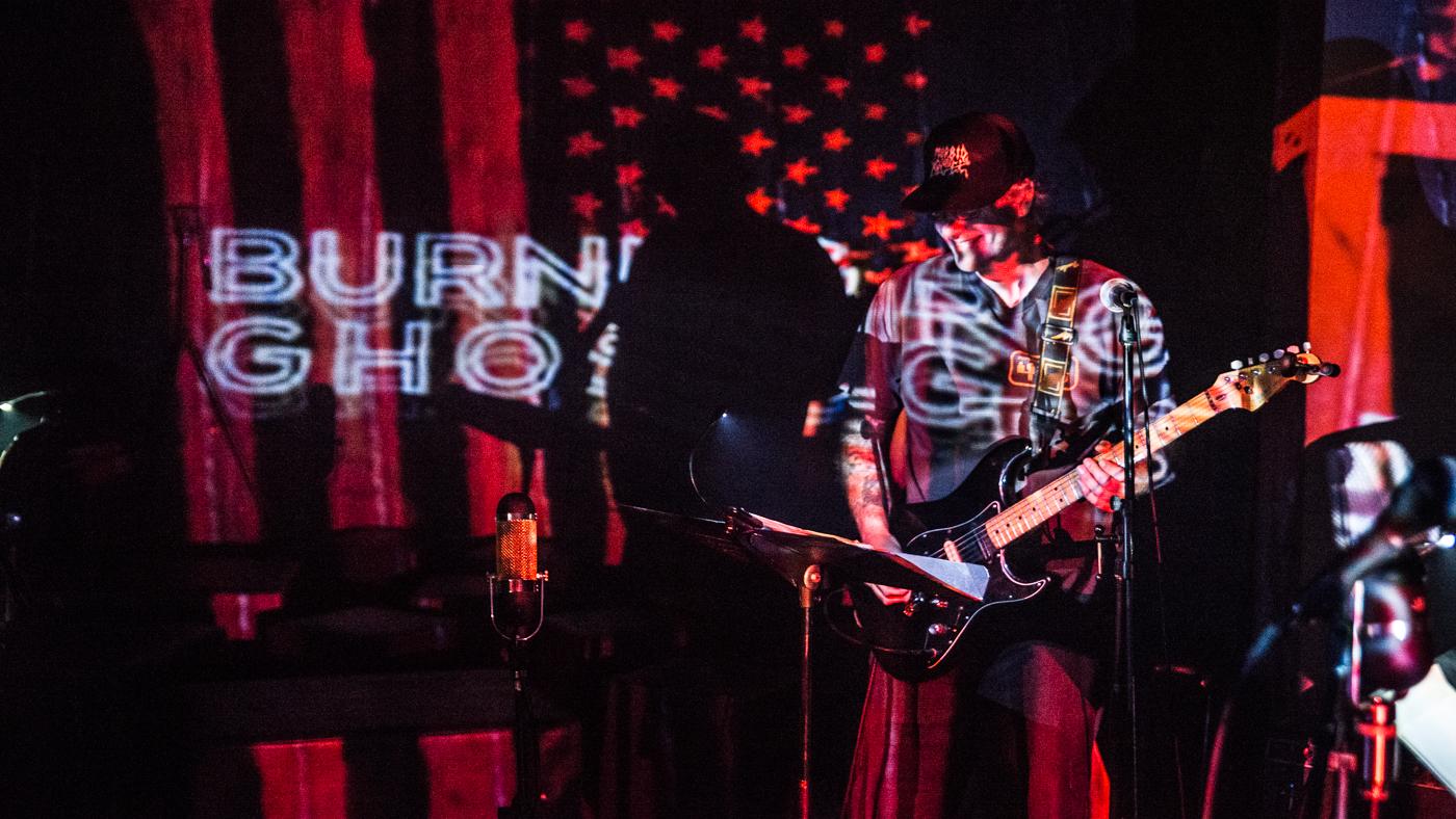 Burning Ghosts Rauch-4.jpg