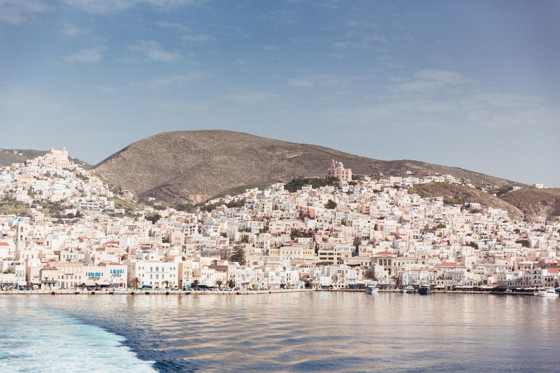 Siros port