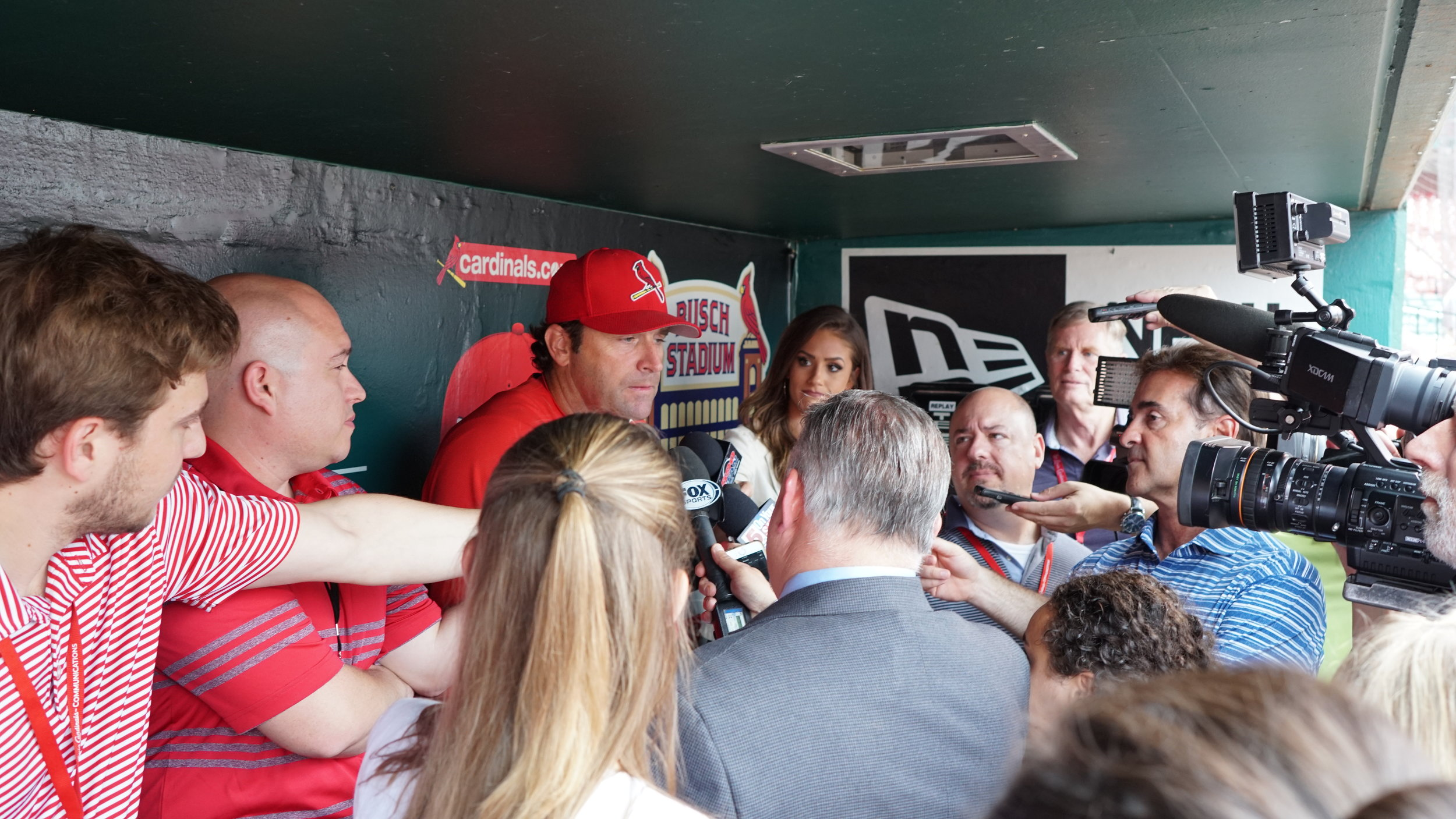 STL Cardinals Manager, Mike Matheny sitting with the press.
