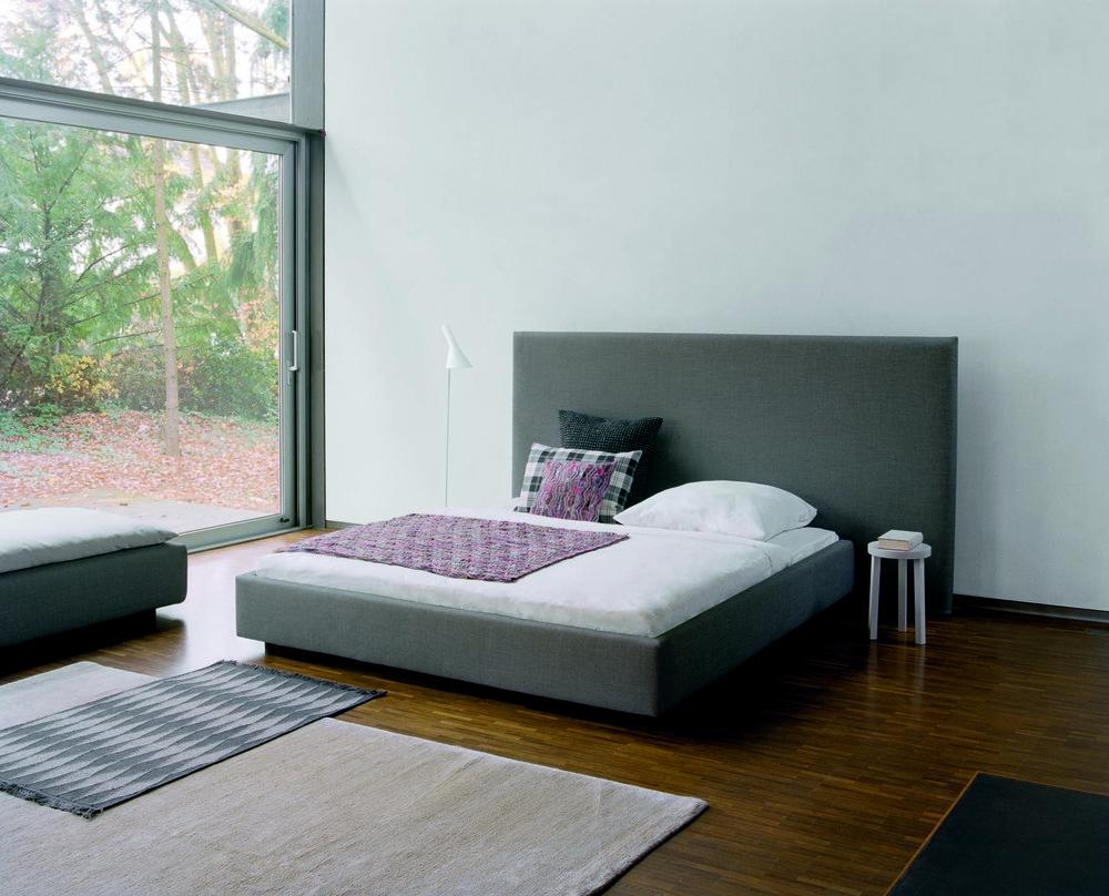 e15 Pardis Bed