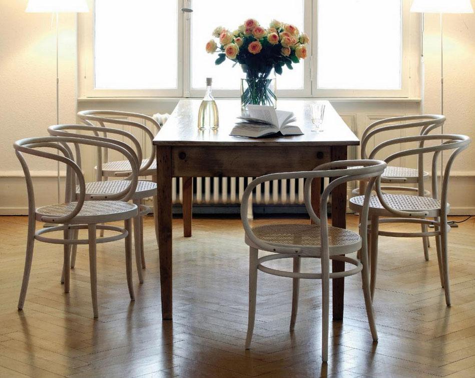 Range 209 Bentwood Chair