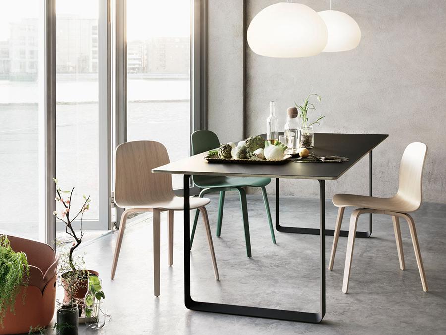 70/70 Table-Black