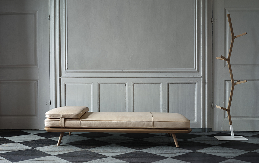 Spine Collection Daybed