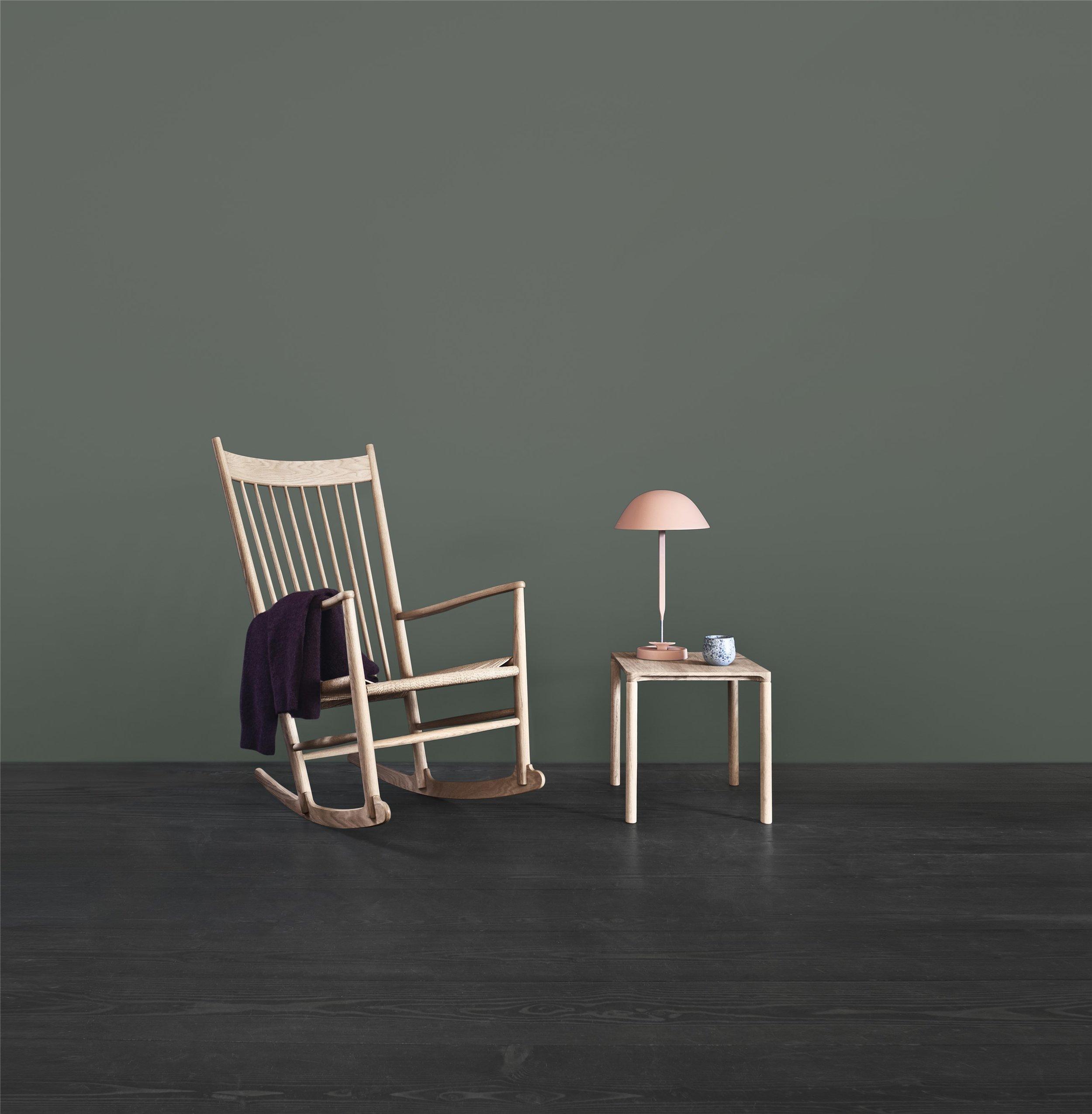 J16 Chair