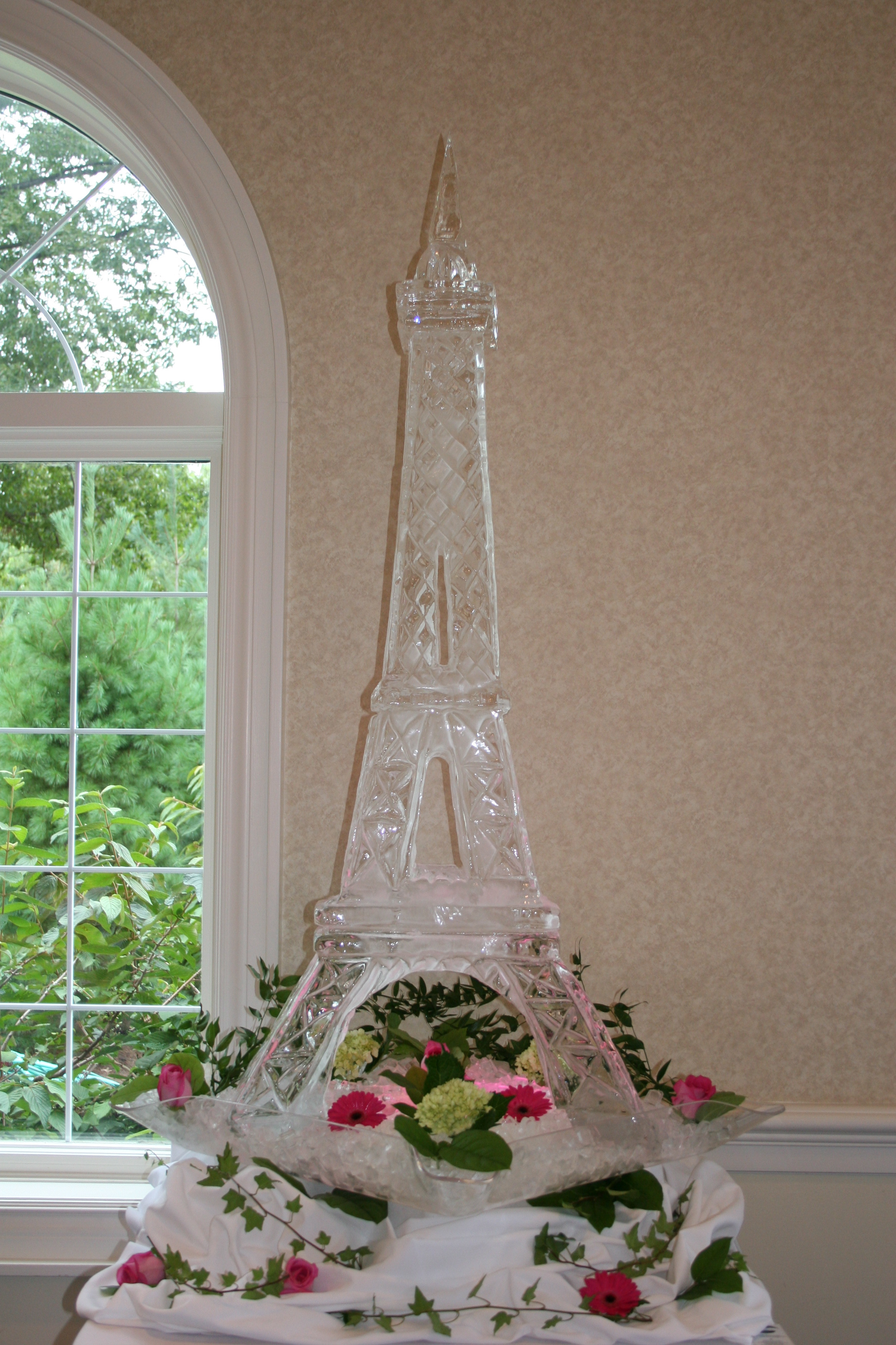 Ice Sculpture_Eiffel Tower.JPG