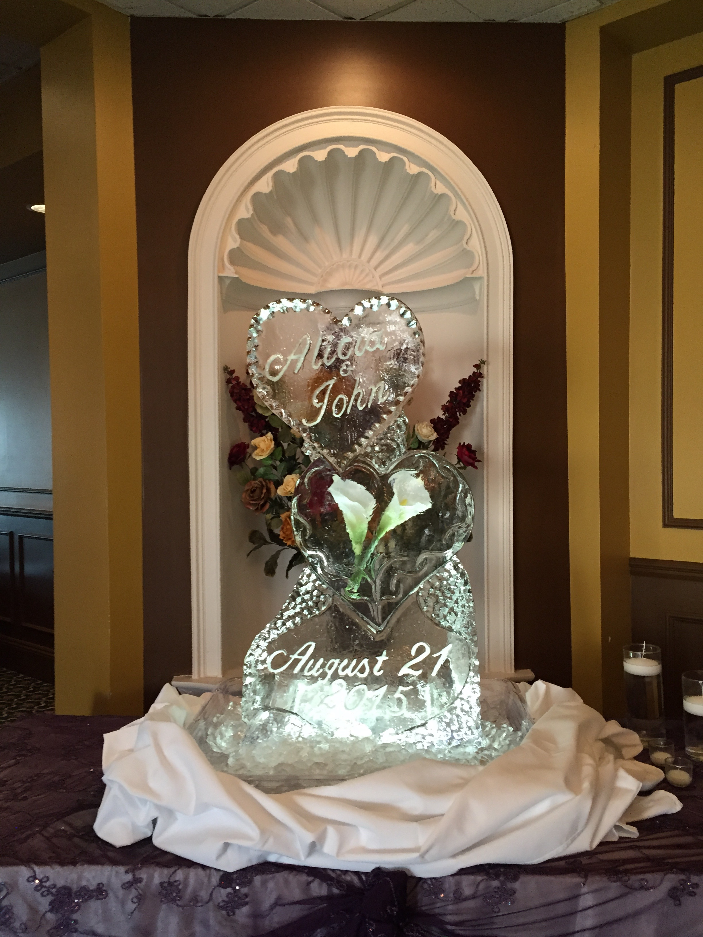 Calla Lily Heart_Ice Sculpture.jpg