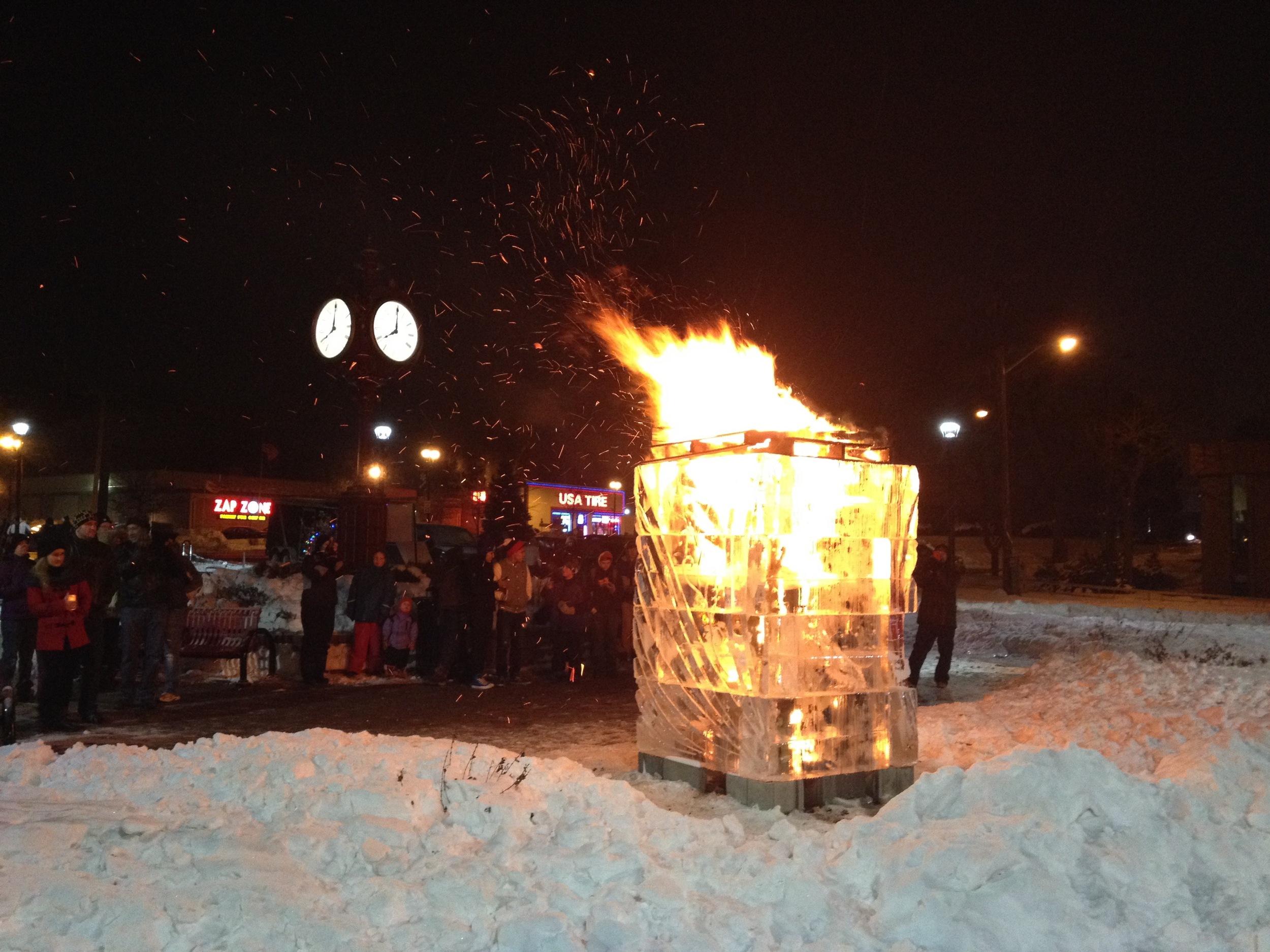 Fire Ice Tower_Ice Sculpture.jpg