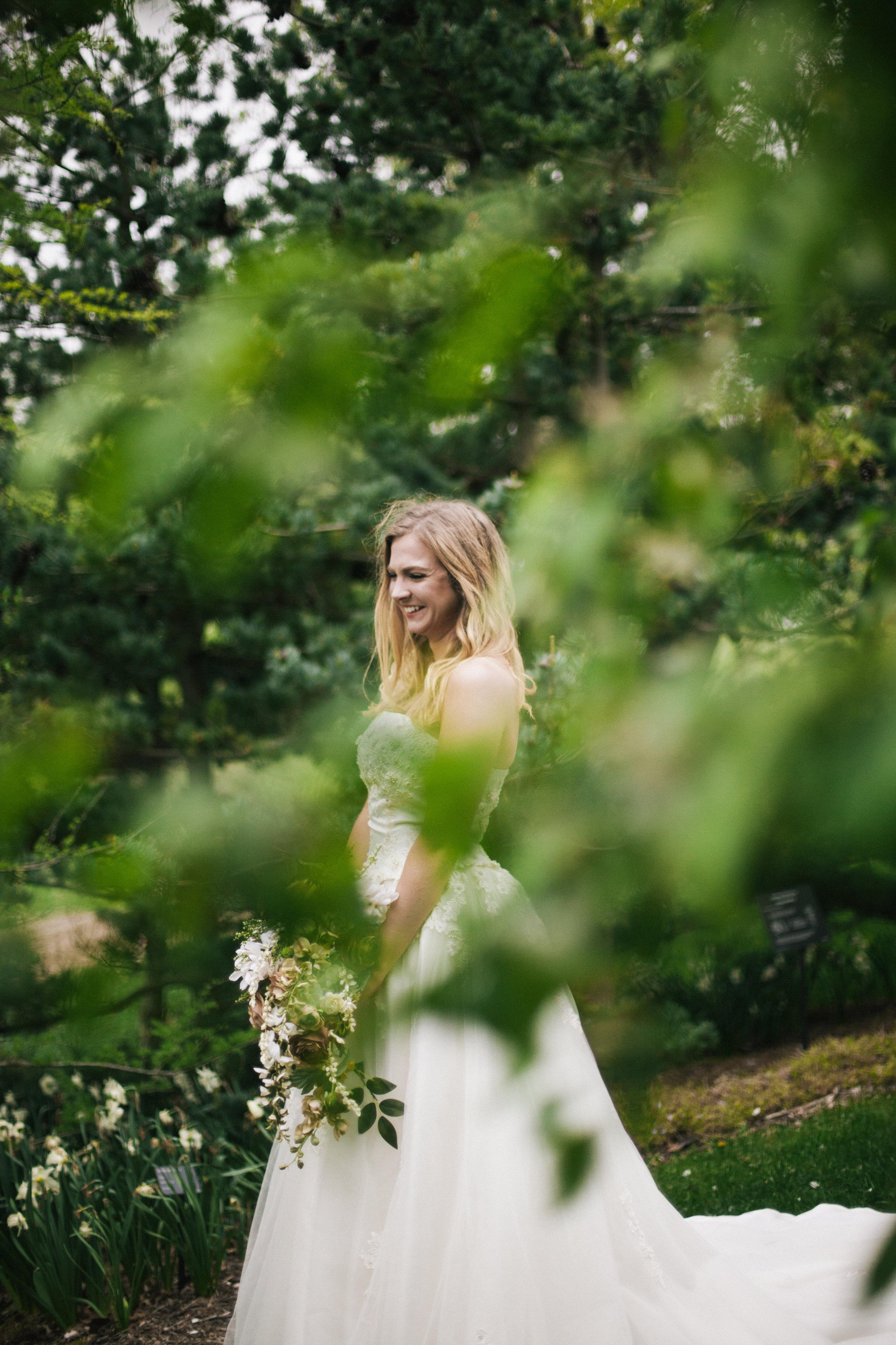 Hannah+Matt_BridalSession-149.jpg