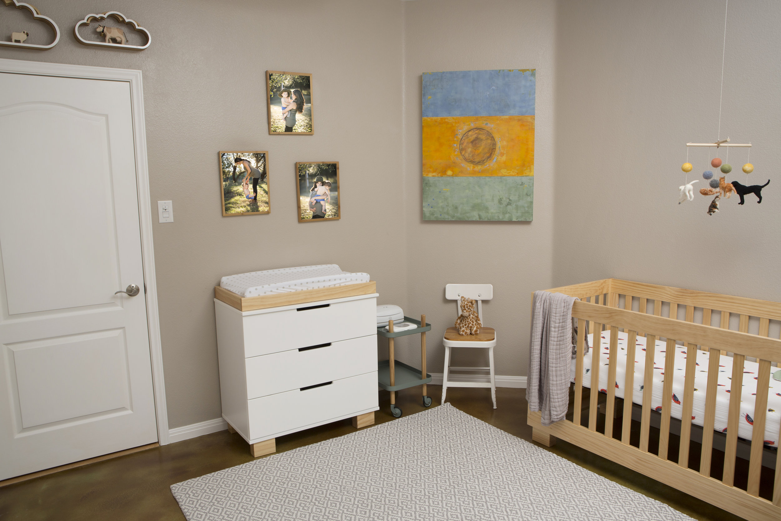 Nursery with IVF art.jpg