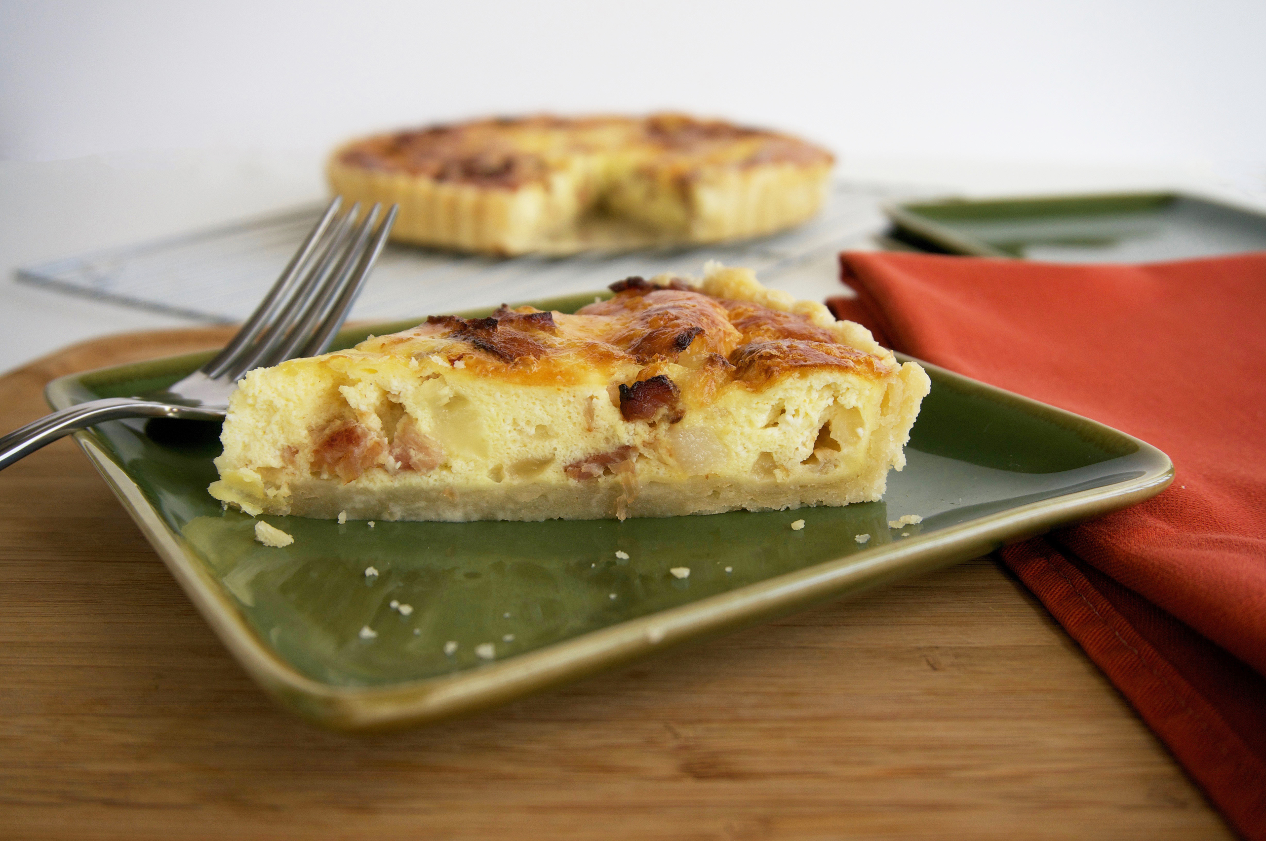 Bacon, Egg, Brie Quiche || Haute in Paradise || @hauteinparadise